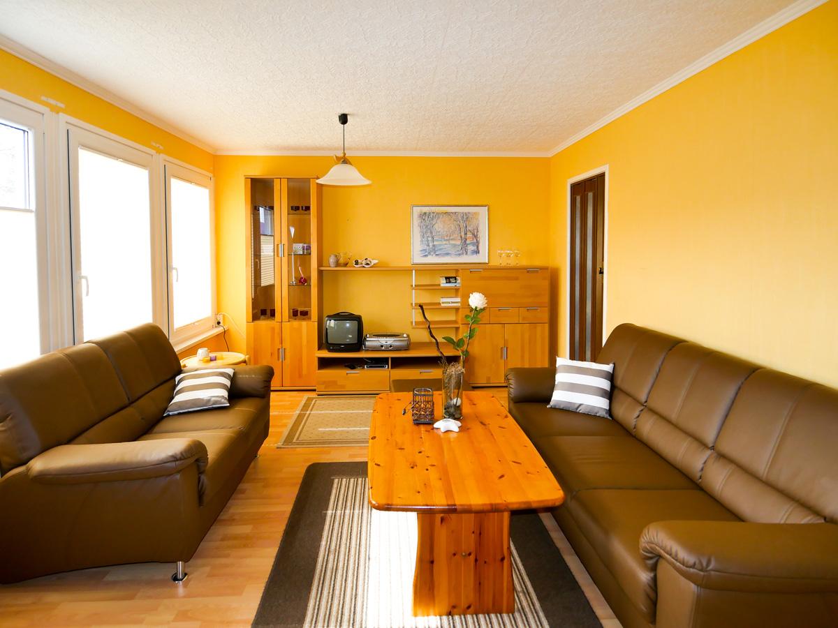 Groes bild wohnzimmer schlafcouch gro elegant wohnzimmer - Vliestapete esszimmer ...